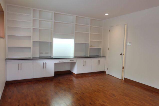 3 Bedroom Modern Bungalow House In Dasmarinas Makati - 0