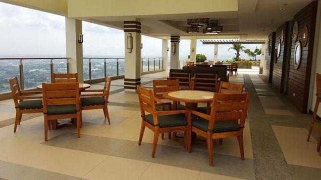 Cheap 1 bedroom Condominium Near SM North Resort-type Condominium - 1