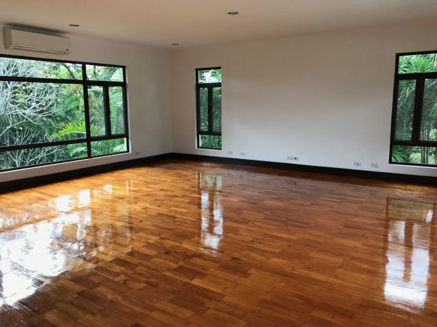House for Rent in South Forbes, Makati City - 1