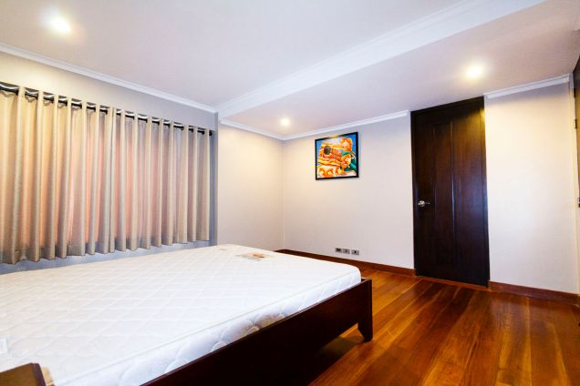 Spacious 5 Bedroom House for Rent in Maria Luisa Park - 7