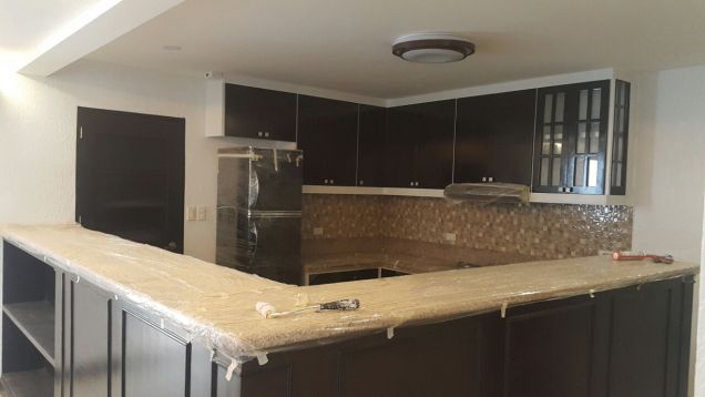 This 10 Bedrooms house for rent in Angeles City P160K - 1