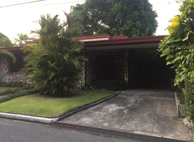 Makati Greenbelt San Lorenzo 3BR House and Lot FOR RENT - 1