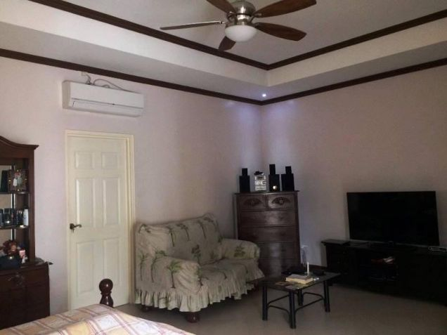 4 Bedroom Furnished house and lot for rent with pool near Nlex - 7
