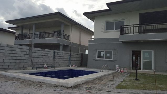 A Prime development within a 304 hectare property at P 140 000 - 9