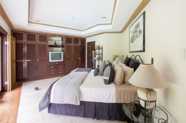 5 Bedroom Spacious House for Rent in North Town Homes - 1