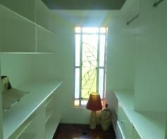 6 Bedroom House with swimming pool for rent - 80K - 4