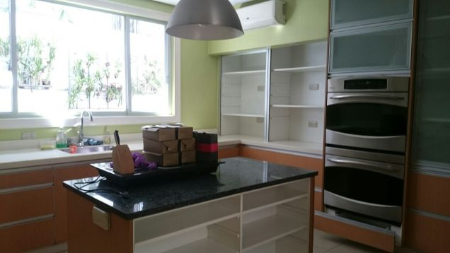 Bel Air Makati House For Rent - 1