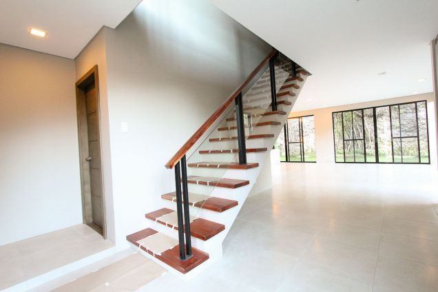 4 Bedroom House for Rent in Cebu City Maria Luisa Park - 4