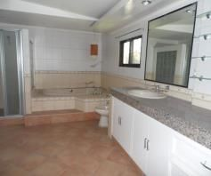 House with 4 Bedrooom in Balibago for rent - 50K - 6