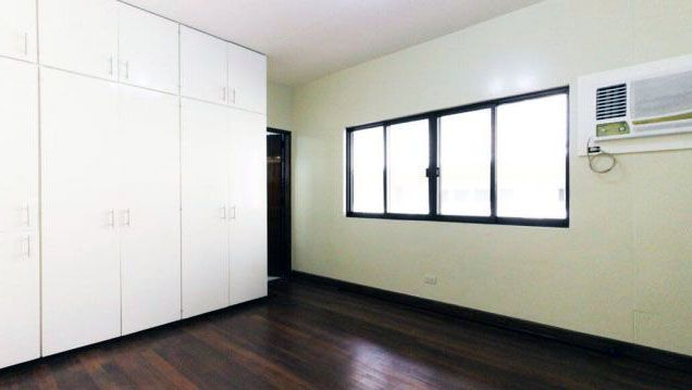 3 Bedroom Nice House for Rent at San Lorenzo Village Makati(All Direct Listings) - 6