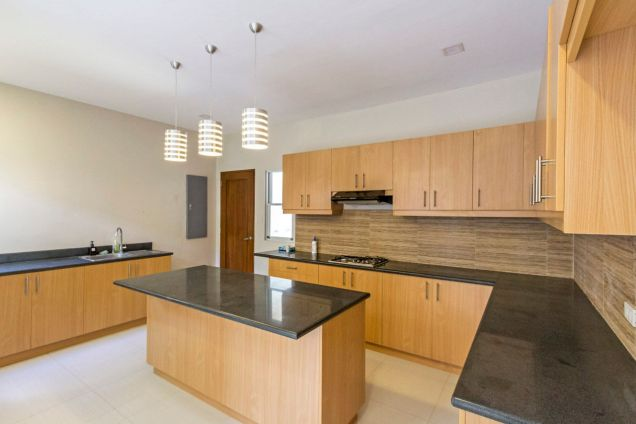 Brand New 4 Bedroom House for Rent in Banilad - 7