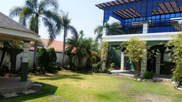 Huge House with 6 Bedrooms For Rent in Friendship, Angeles City - Fully Furnished - 6