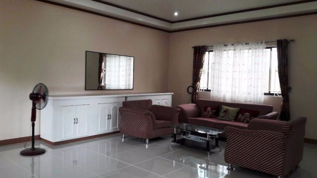 333 Lot Area House And Lot For RENT In Friendship Angeles City Near Clark - 9