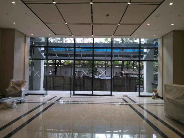 For Sale Pre-Furnished Studio Unit in Paseo Heights across Salcedo Park - 5