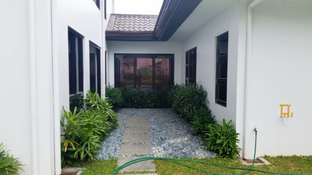 4 Bedroom furnished house with swimming pool FOR RENT ! - P120K - 6