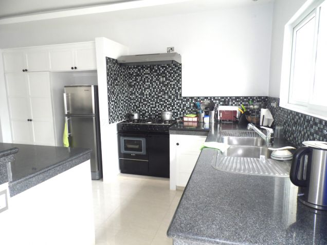 Nice Furnished House For Rent In Angeles City - 8