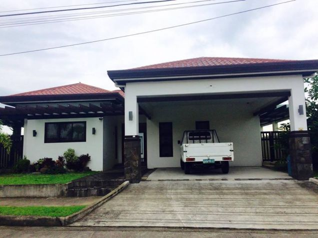 3 Bedroom Furnished Bungalow House In Angeles City For Rent With Pool - 0