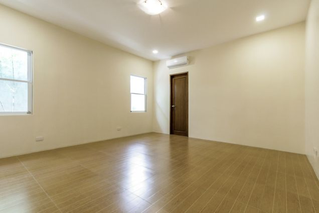 Brand New 4 Bedroom House for Rent in Banilad - 8