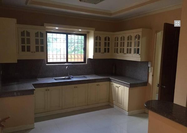 House and Lot with 4 Bedrooms for rent - 36K - 9