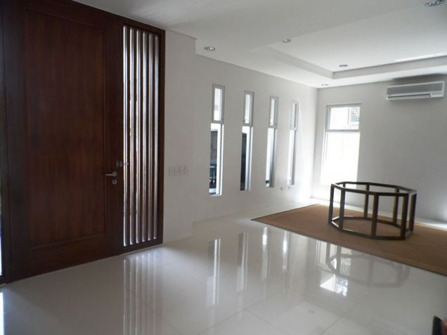 Modern House and Lot For Rent !! in Friendship area @P45K - 4