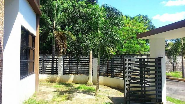 2-Storey Semi-Furnished House & Lot For RENT In Hensonville Angeles City Near Clark - 1