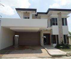 House In Angeles City With Pool For Rent - 0