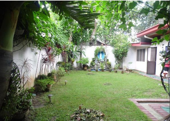 Bungalow House with 4 Bedrooms for rent - 35K - 5