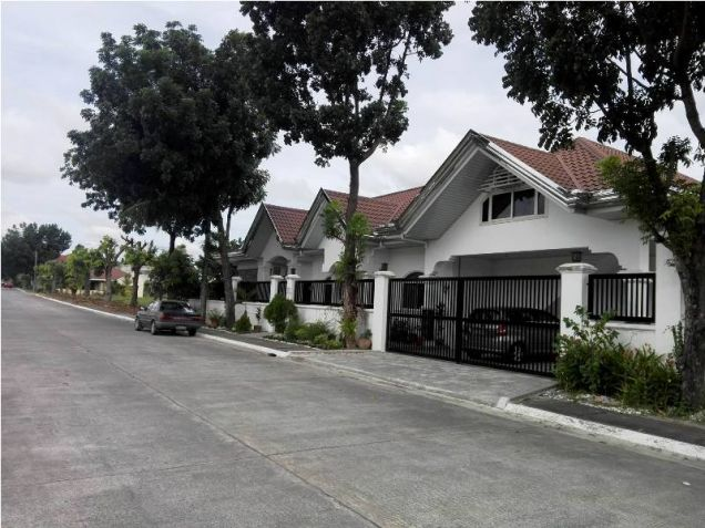 Furnished House W/Private Swimmingpool For Rent In Angeles City Near Marquee Mall & NLEX,AUF - 0