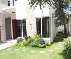 4 BR House with Swimming pool near SM Clark for rent - 70K - 8