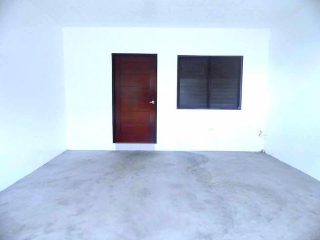 2 Bedroom Townhouse For Rent In Angeles City - 5