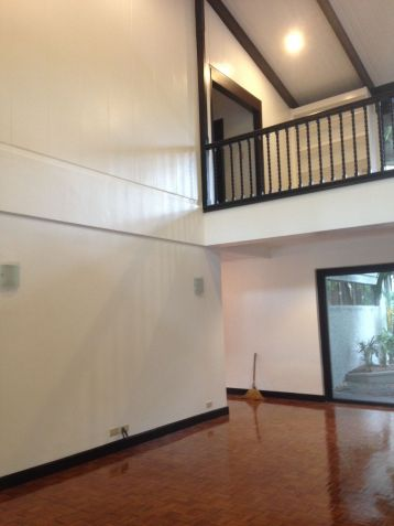 House and Lot, 4 Bedrooms for Rent in Dasmarinas, Makati, Eckhart Ang - 4