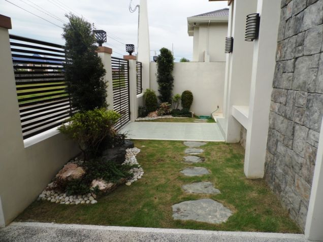 246Sqm house and lot for rent in Hensonville - 2