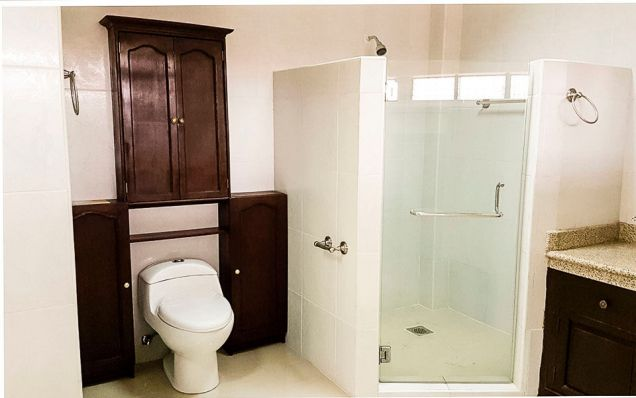 5 Bedroom House for Rent in Mabolo - 2