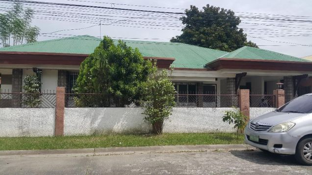 Bungalow House and Lot for rent with 4BR in Balibago - 35k - 8