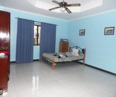 7 Bedroom House and lot with pool for rent - P180K - 2