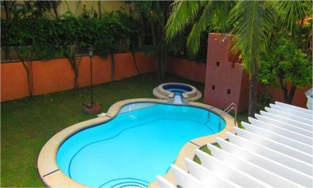 House with swimming pool for Rent in Northtown Homes Mandaue City, Cebu - 1