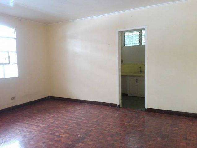 3BR Bungalow house and Lot for Rent in Angeles City - P30K - 9