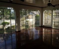 4 Bedroom Bungalow House for Rent in Angeles City - 2