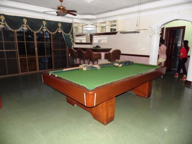 Two Storey House for rent with 6 bedrooms in pool in Hensonville - 2