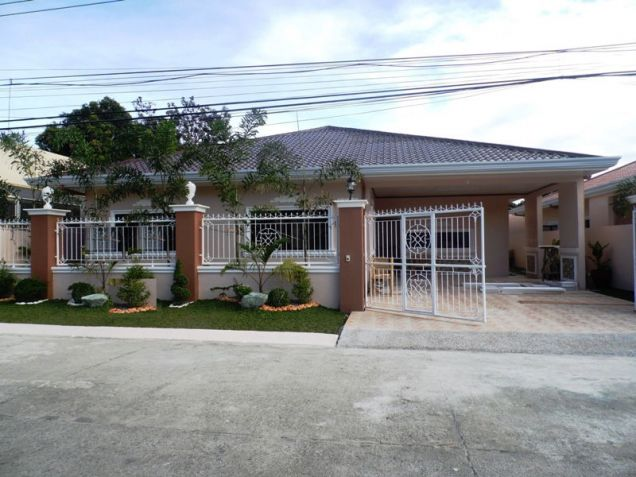 Furnished Bungalow House & Lot for rent Along Friendship Highway in Angeles City near Clark - 0