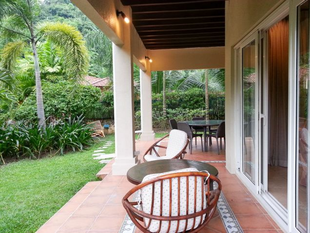 Spacious 4 Bedroom House with Swimming Pool for Rent in Maria Luisa Cebu - 8