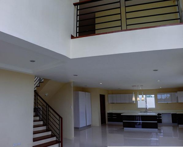 4 Bedroom House for Rent in Mactan Tropics Subdivision - 2