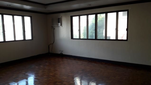 Acropolis village house for rent in libis quezon city 130k - 1