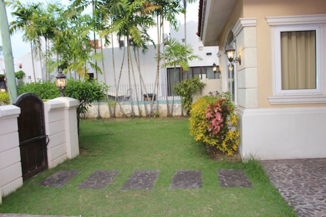 4-Bedroom House with Pool in Ma. Luisa - Banilad - Cebu - 4