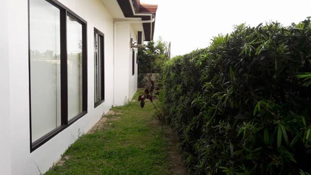 Three Bedroom Fully Furnished House and Lot with Swimming Pool For Rent in Hensonville - 7