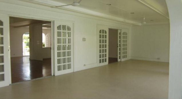 4 Bedroom stylish house for rent in Dasmarinas Village, Makati City(All Direct Listings) - 9