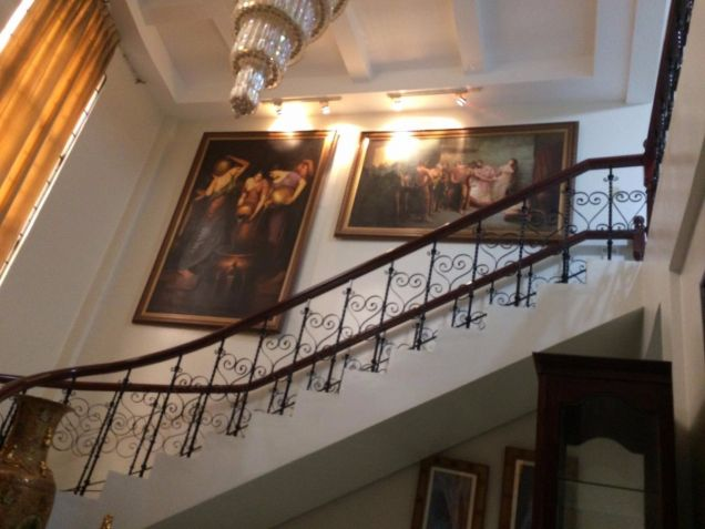 Two Storey House for rent with 5 bedrooms in Balibago - 3