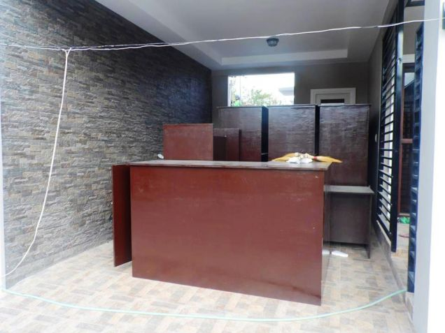 Brandnew - Modern House with 3 Bedrooms for Rent in Hensonville Angeles City - 4