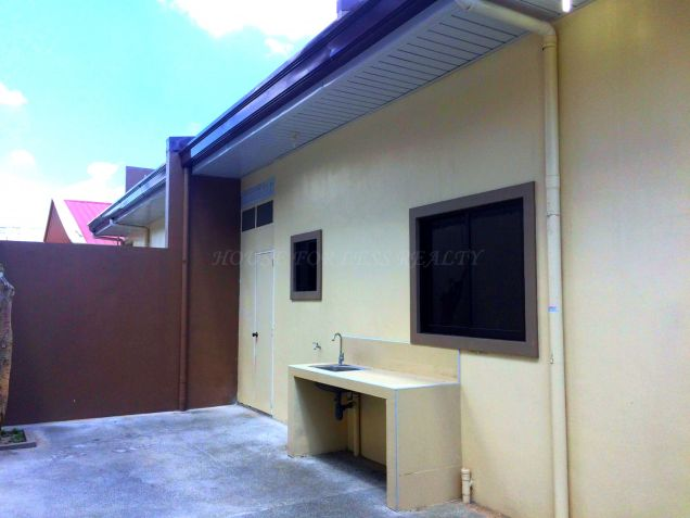 For Rent Three Bedroom House In Angeles City - 4