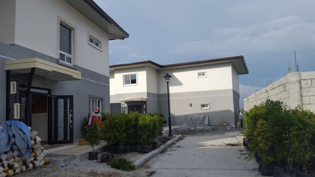 A Prime development within a 304 hectare property at P 140 000 - 1